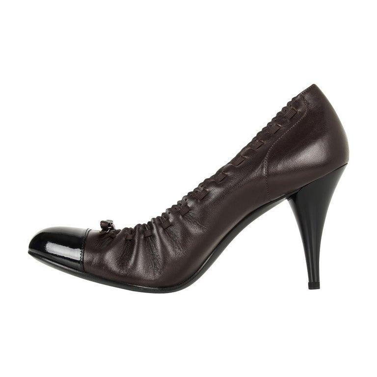 Chanel Shoe Brown Black Toe Heel Round Toe Ballet Style Heel 7.5  37.5 For Sale 2