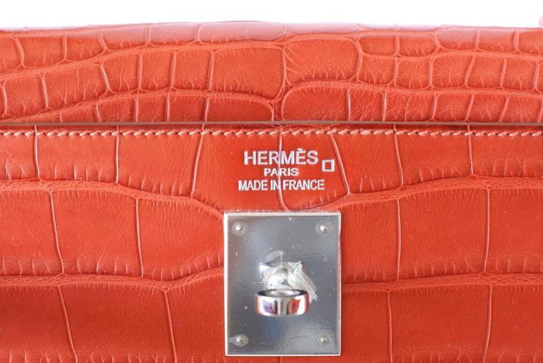Red Hermes Kelly Bag 35 Matte Alligator Sanguine Supple Retourne Palladium For Sale