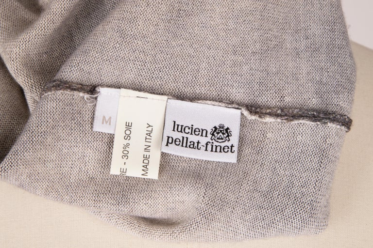 Lucien Pellat-Finet Top Cashmere and Silk M Gorgeous Print Muted Colours M In Excellent Condition For Sale In Miami, FL