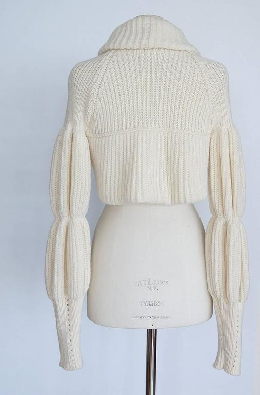 VALENTINO sweater cardigan shrug lush knit L NEW 2