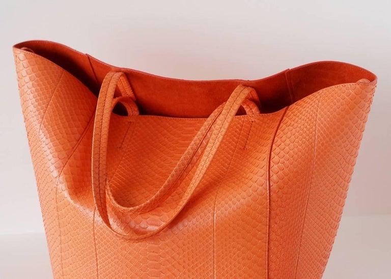 Celine Bag Orange Phantom Cabas Snakeskin Tote Shoulder Bag In Excellent Condition For Sale In Miami, FL