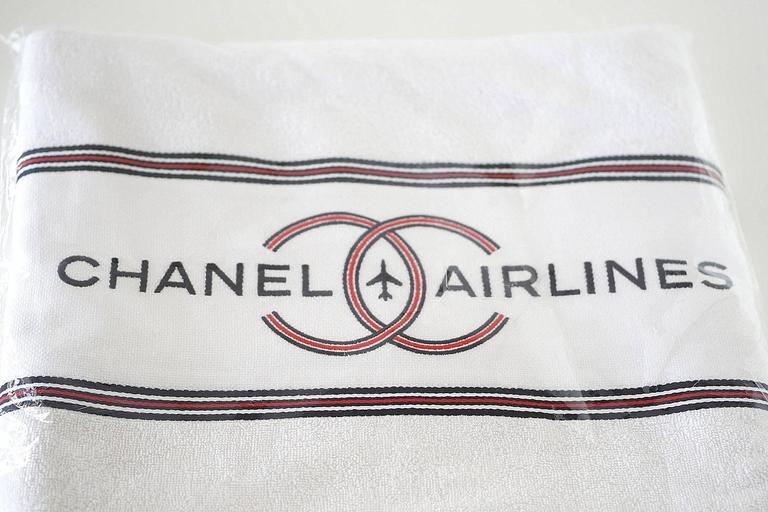 5e368a6c6b90 Women's or Men's Chanel Airlines Limited Edition Reversible Tote Bag with Beach  Towel For Sale
