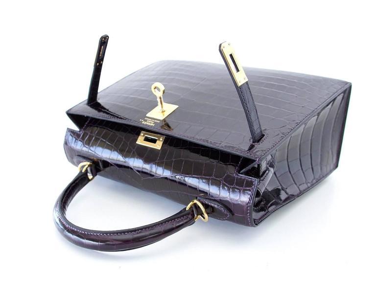 Hermes Kelly 25 Sellier Bag Crocodile Prunoir Gold Hardware Deep Plum Purple 2