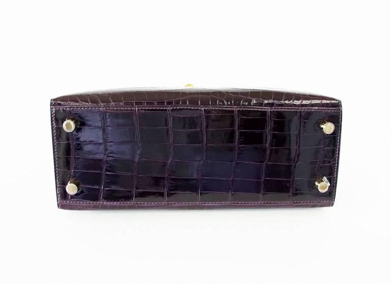 Hermes Kelly 25 Sellier Bag Crocodile Prunoir Gold Hardware Deep Plum Purple 4