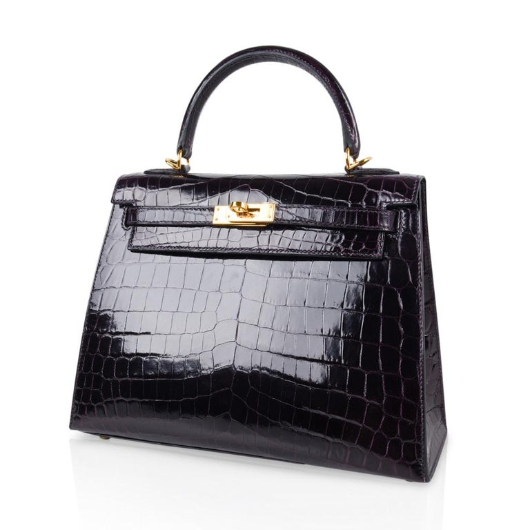 Hermes Kelly 25 Sellier Bag Crocodile Prunoir Gold Hardware Deep Plum Purple For Sale 3