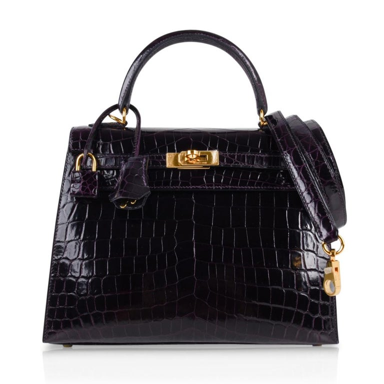 Hermes Kelly 25 Sellier Bag Crocodile Prunoir Gold Hardware Deep Plum Purple For Sale 2