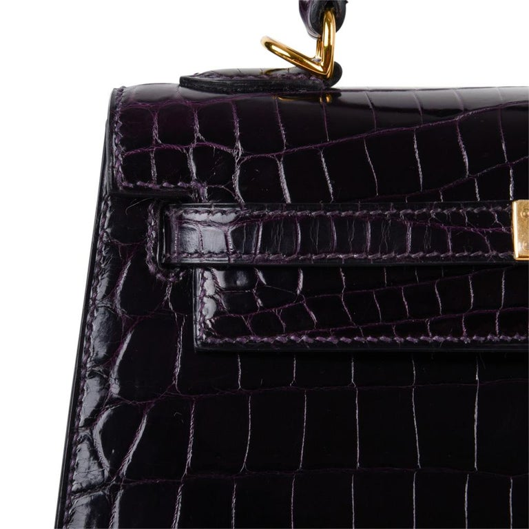Hermes Kelly 25 Sellier Bag Crocodile Prunoir Gold Hardware Deep Plum Purple For Sale 1