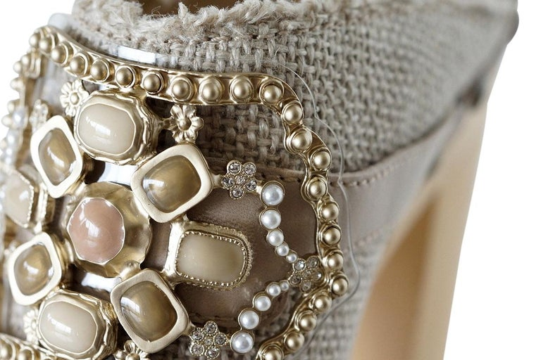 Chanel Shoe Platform Clog Limited Edition Jewel Hardware  40.5 / 10.5 NWB For Sale 6