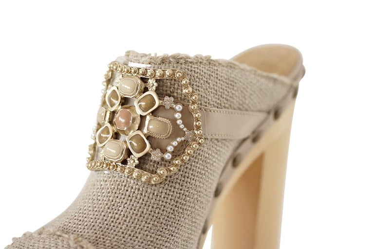 Chanel Shoe Platform Clog Limited Edition Jewel Hardware  40.5 / 10.5 NWB In New Condition For Sale In Miami, FL