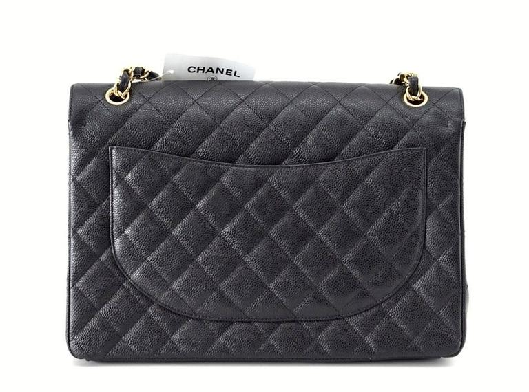 CHANEL Bag Maxi Classic Double Flap Black Caviar Leather Gold Hardware nwt In New Never_worn Condition For Sale In Miami, FL