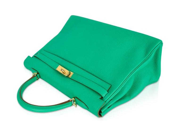 54f804c170d Hermes Kelly 35 Menthe Fresh Green Retourne Bag Gold Hardware For Sale 2