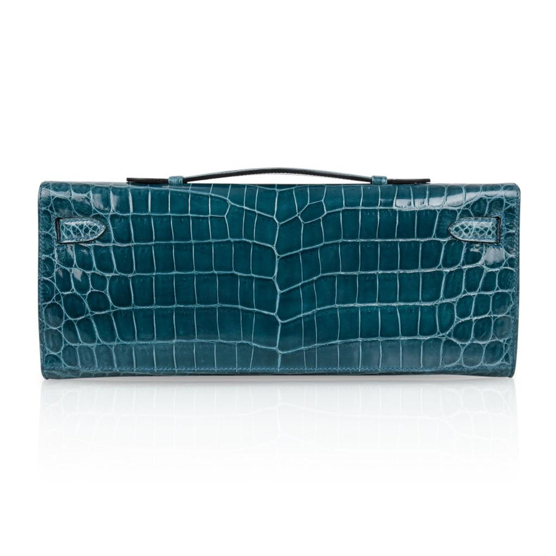 Hermes Kelly Cut Bleu Colvert Crocodile Gold Hardware Clutch Bag For Sale  at 1stdibs e6a1429311766