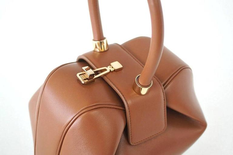 NINA Bag Gabriela Hearst Cognac Calf Leather Limited Edition Very Rare In New never worn Condition For Sale In Miami, FL