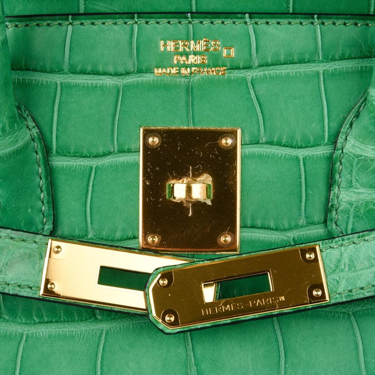 Green Hermes Birkin 35 Matte Alligator Cactus Gold Hardware Bag  For Sale