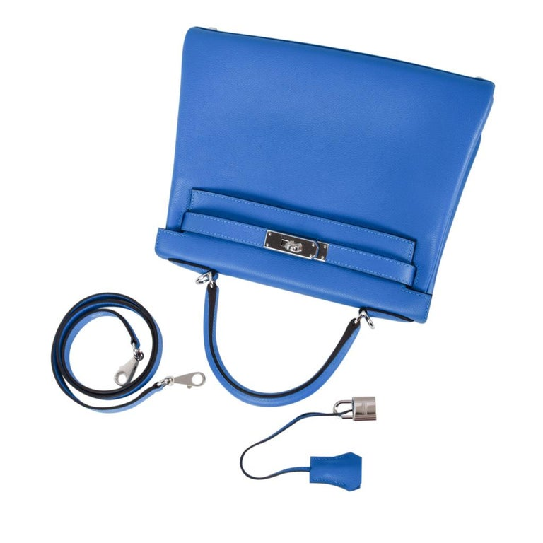 Hermes Kelly Retourne 28 Bag Vivid Blue Hydra Mediterranean Blue Evercolor  For Sale 4