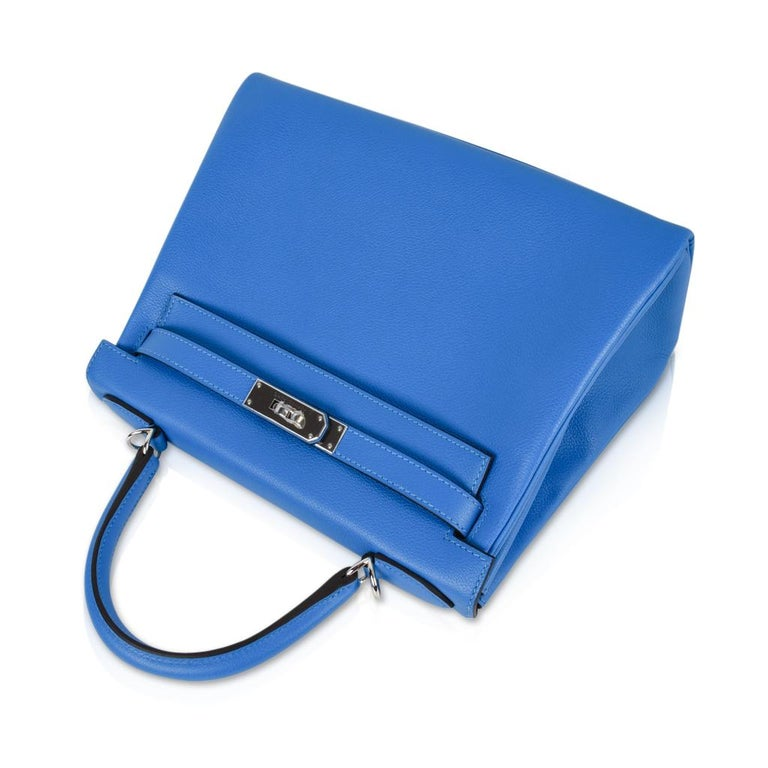 Hermes Kelly Retourne 28 Bag Vivid Blue Hydra Mediterranean Blue Evercolor  For Sale 2