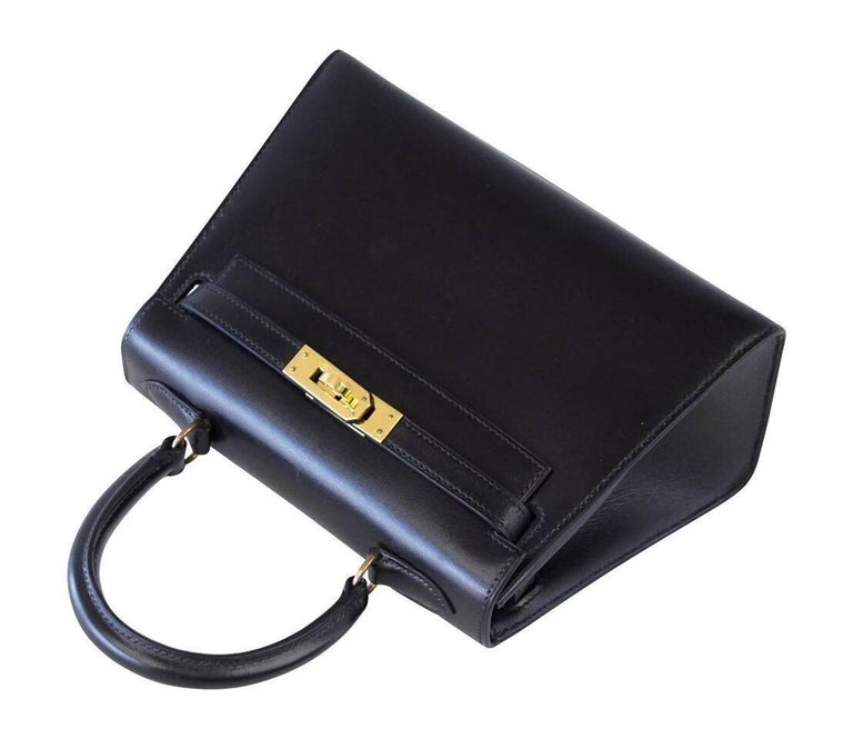 Hermes Kelly 20 Mini Vintage Kelly Sellier Box Leather Gold Hardware In Excellent Condition For Sale In Miami, FL