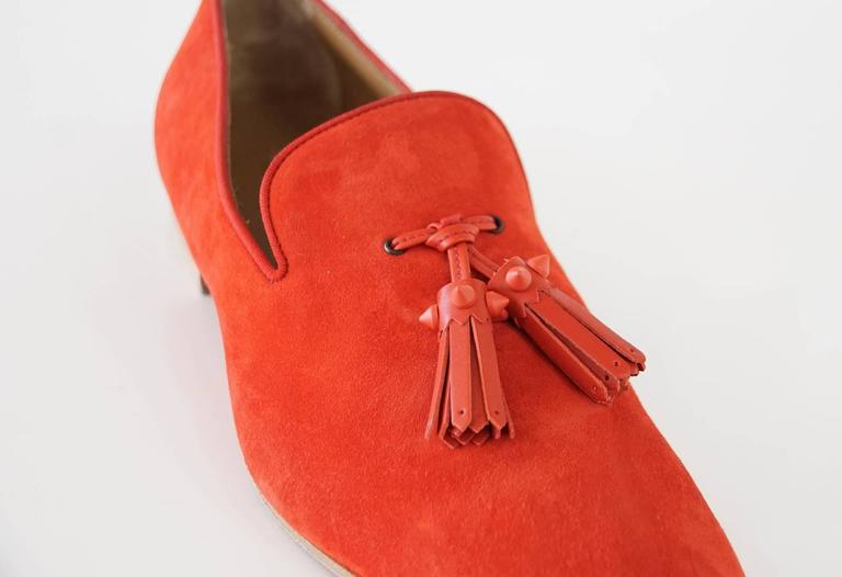 Christian Louboutin Men's Very Beautiful Red Suede Loafer Spike Tassels  42 / 9 In Excellent Condition For Sale In Miami, FL