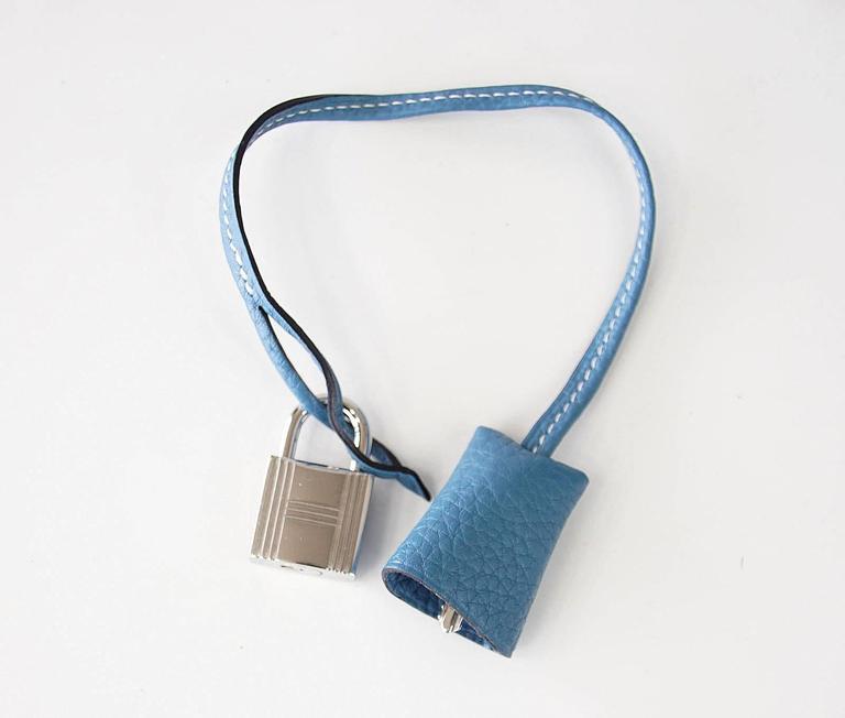 Women's Hermes 35 Victoria II Bag Blue Jean Palladium Hardware For Sale