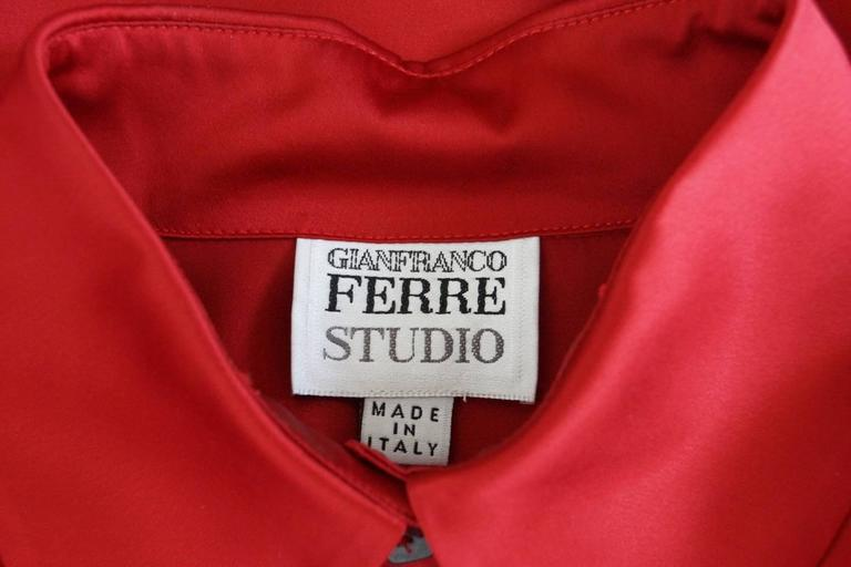 Gianfranco Ferre Top Jewel Chinese Red Blouse Unique Buttons 42 / 6 For Sale 1
