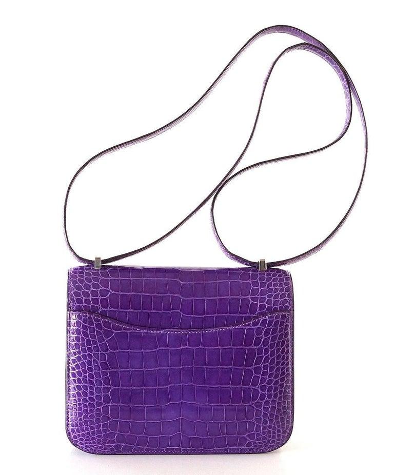 Hermes Constance Bag Rare 18 cm Ultra Violet Alligator Palladium 2die4 In New never worn Condition For Sale In Miami, FL