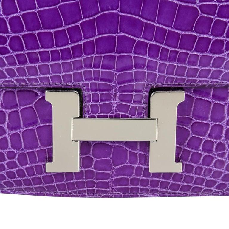Women's Hermes Constance Bag Rare 18 cm Ultra Violet Alligator Palladium 2die4 For Sale