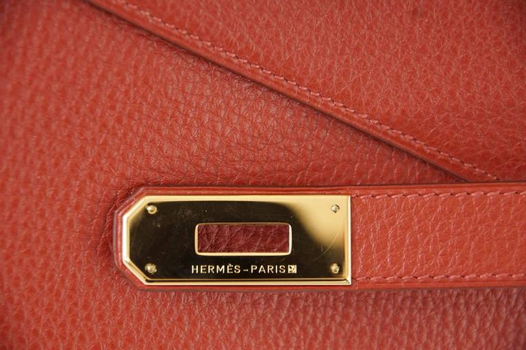 Hermes Kelly Retourne 40 Bag Red Rouge Garrance Togo Gold Hardware In Excellent Condition For Sale In Miami, FL