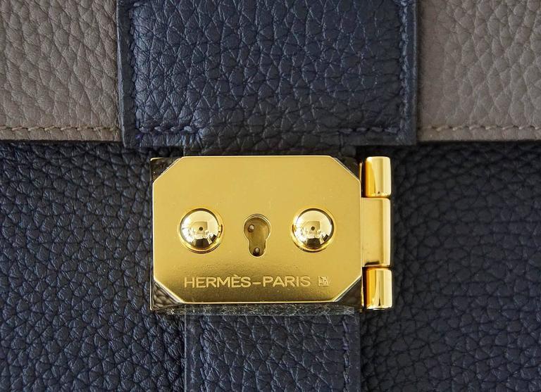 Hermes Sac A Depeche 27 Bag Horseshoe Blue Nuit / Etain Togo Gold 3