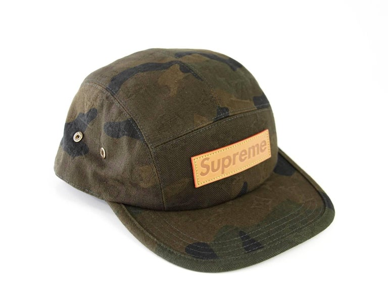 Black Louis Vuitton Supreme X Limited Edition 5 Panels Camouflage Cap For  Sale b823a9bd97b