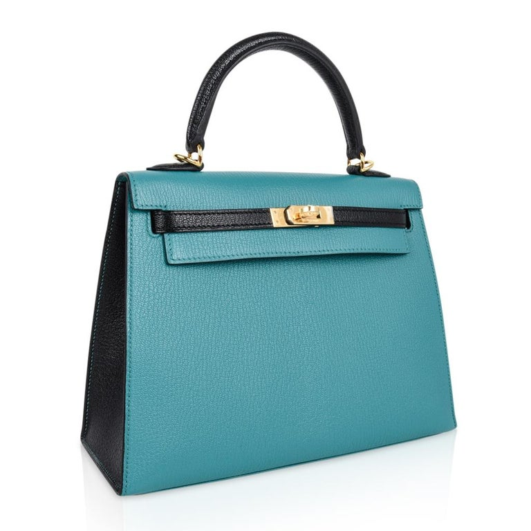 Hermes Kelly 25 Sellier Bag HSS Blue Paon / Black Chevre Mysore Gold For Sale 3