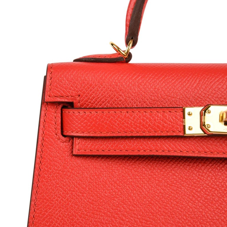 Women's Hermes Kelly Sellier 20 Rouge Tomate Epsom Leather Gold Hardware New w/Box For Sale