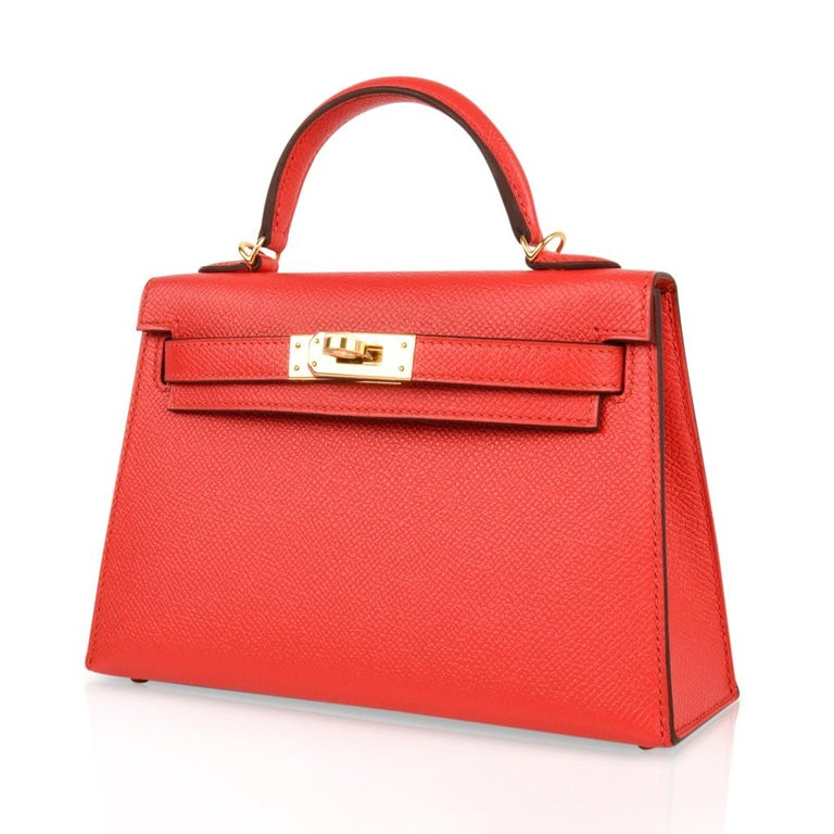 Hermes Kelly Sellier 20 Rouge Tomate Epsom Leather Gold Hardware New w/Box In New Condition For Sale In Miami, FL