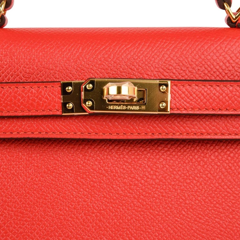 Red Hermes Kelly Sellier 20 Rouge Tomate Epsom Leather Gold Hardware New w/Box For Sale