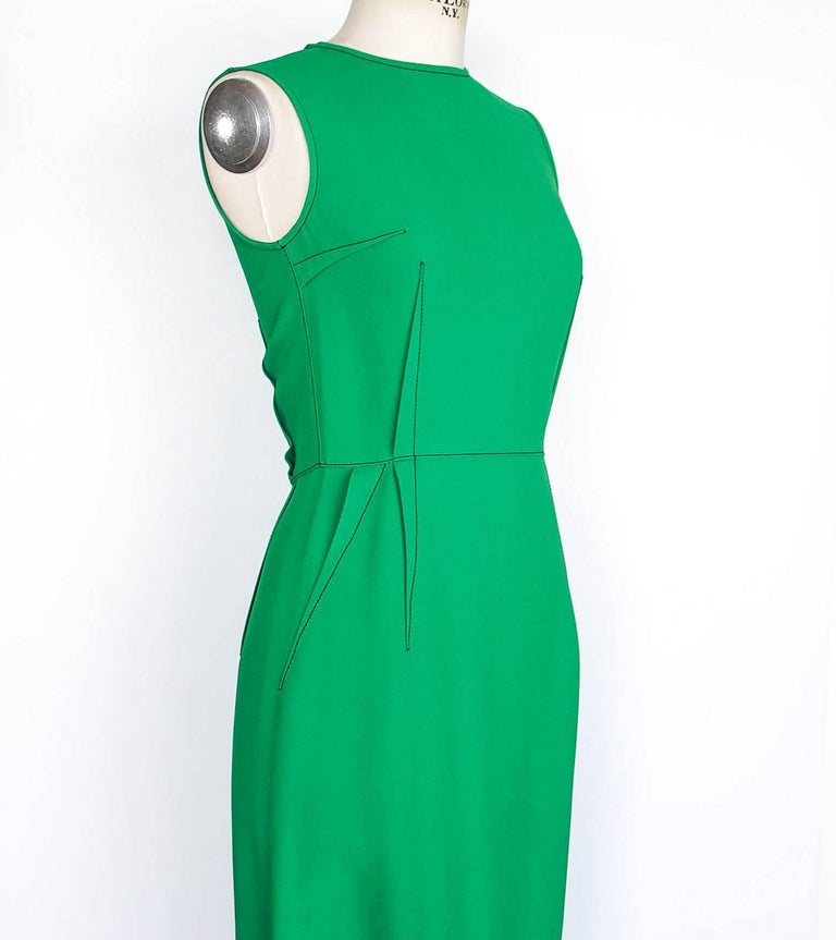 Lanvin Dress Green Stitch Detail Exceptionally Styled  36 / 4 In Excellent Condition For Sale In Miami, FL