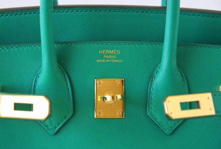 Guaranteed authentic Hermes Birkin 25 bag featured in emerald toned Vert Vertigo Swift leather. Exquisite with Gold hardware. Comes with lock, keys, clochette, sleepers, raincoat and signature Hermes box. NEW or NEVER WORN final sale  BAG