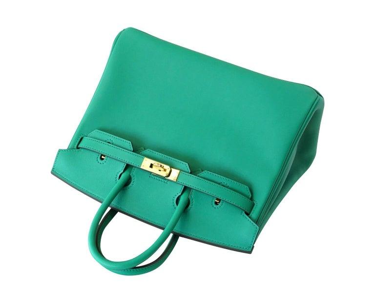 Women's or Men's Hermes Birkin Bag 25 Vert Vertigo Emerald Tone Swift Gold Hardware For Sale