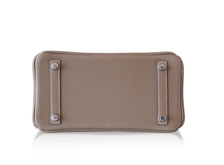 Hermes Birkin 25 Bag Etoupe Neutral Togo Palladium Hardware   For Sale 4