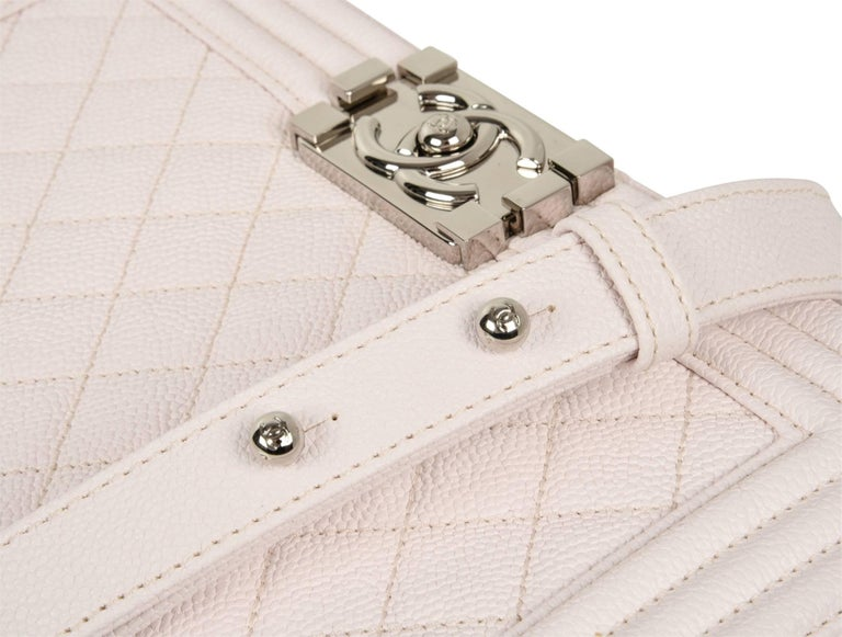 Chanel Bag White / Nude Quilted Caviar Medium 5
