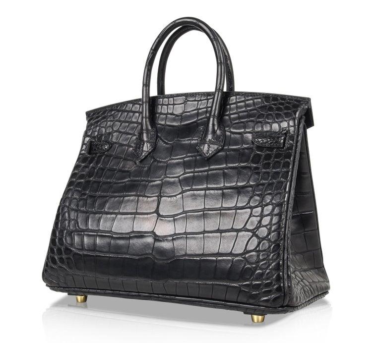 Hermes Birkin 25 Bag Matte Black Alligator Gold Hardware 5