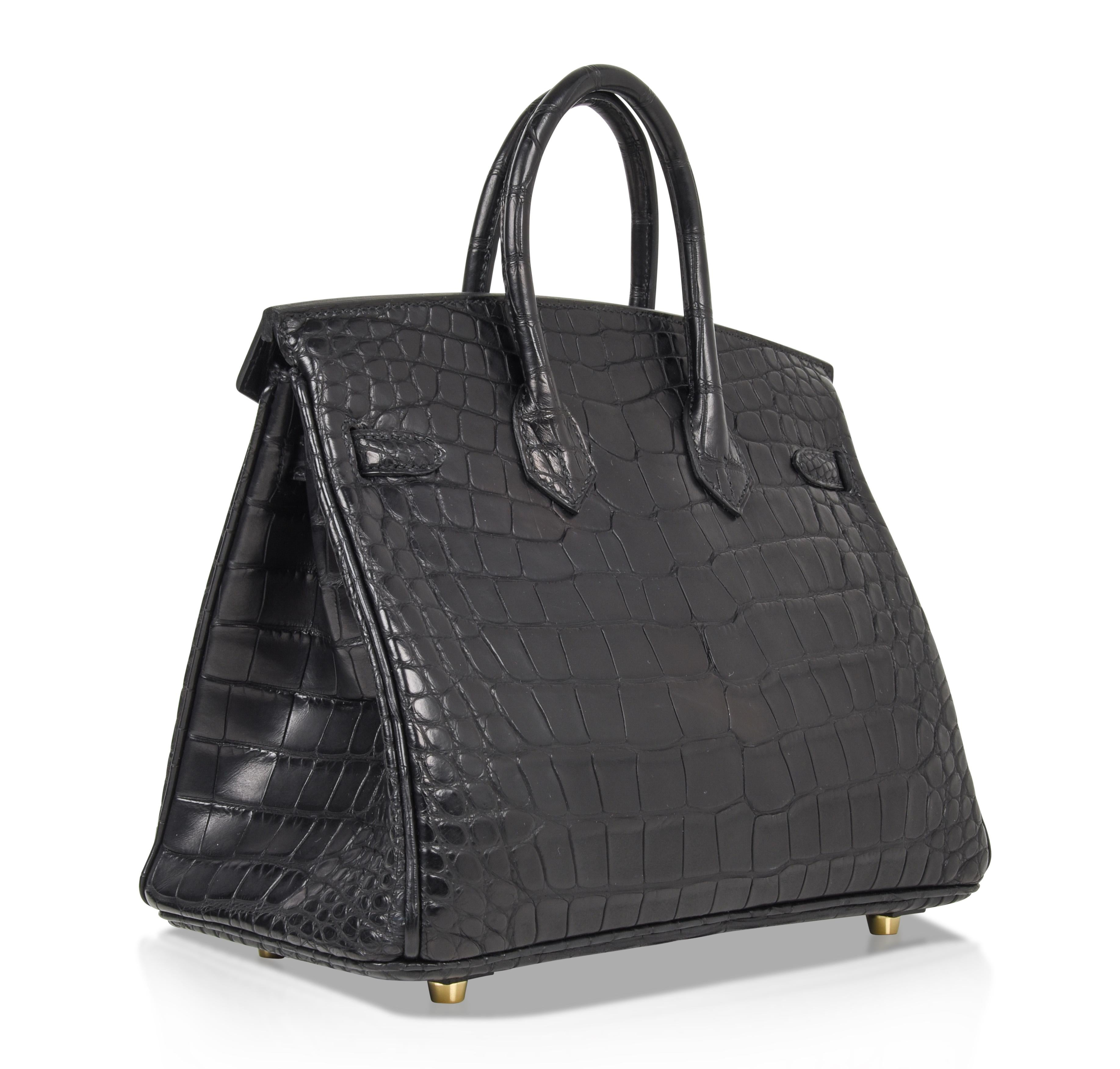 Hermes Birkin 25 Bag Matte Black Alligator Gold Hardware For Sale at 1stdibs a89c7d320829a