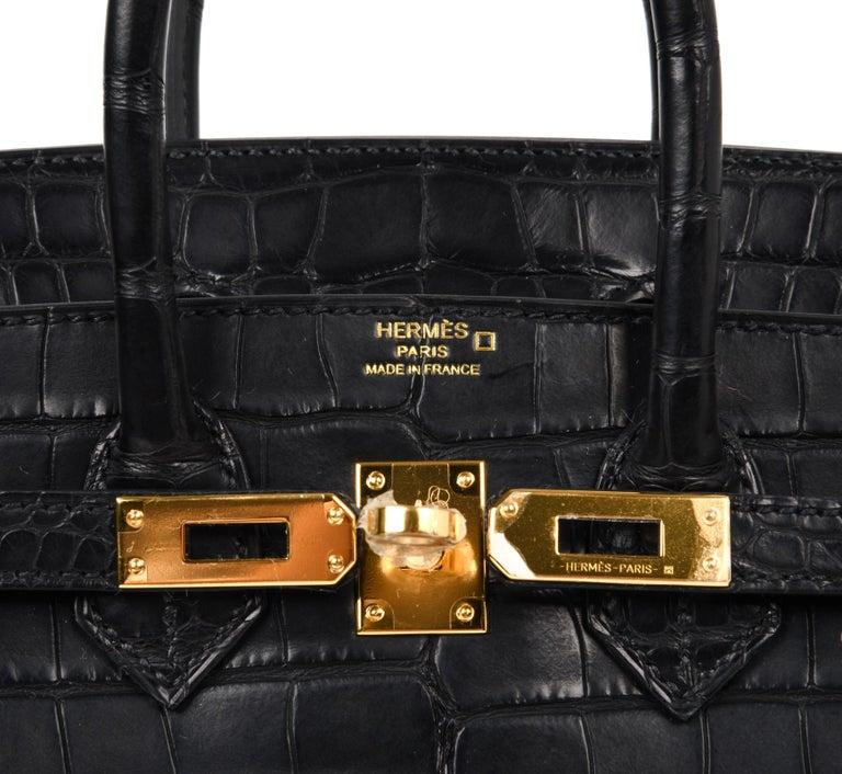 Hermes Birkin 25 Bag Matte Black Alligator Gold Hardware In New Condition In Miami, FL