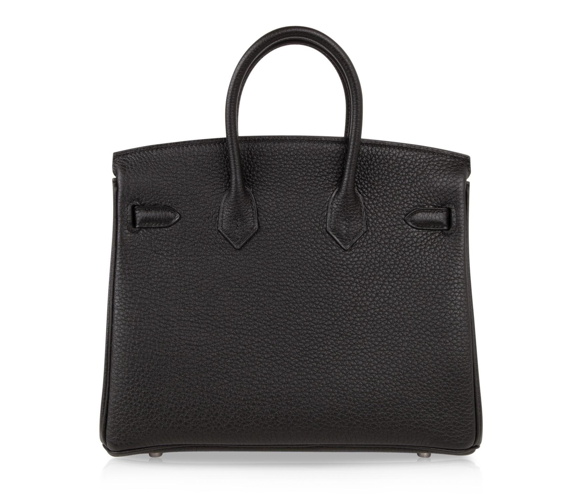 e7ffc5204d Hermes Birkin 25 Bag Black Togo Palladium Hardware For Sale at 1stdibs