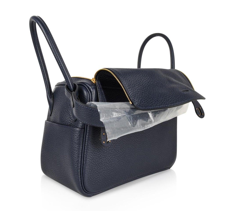 9e173b2a1e39 Hermes Lindy 26 Bag Blue Nuit Clemence Gold Hardware For Sale at 1stdibs