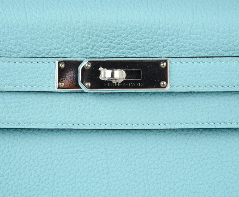 Hermes Kelly 28 Bag Fresh Atoll Togo Palladium In New Condition For Sale In Miami, FL
