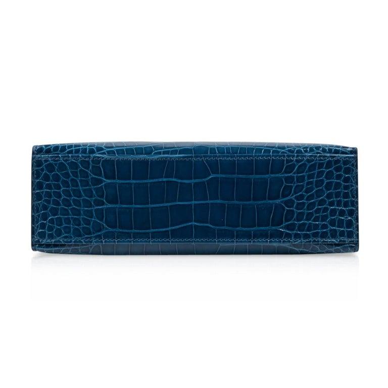 Hermes Kelly Pochette Mykonos Alligator Gold Hardware For Sale 3