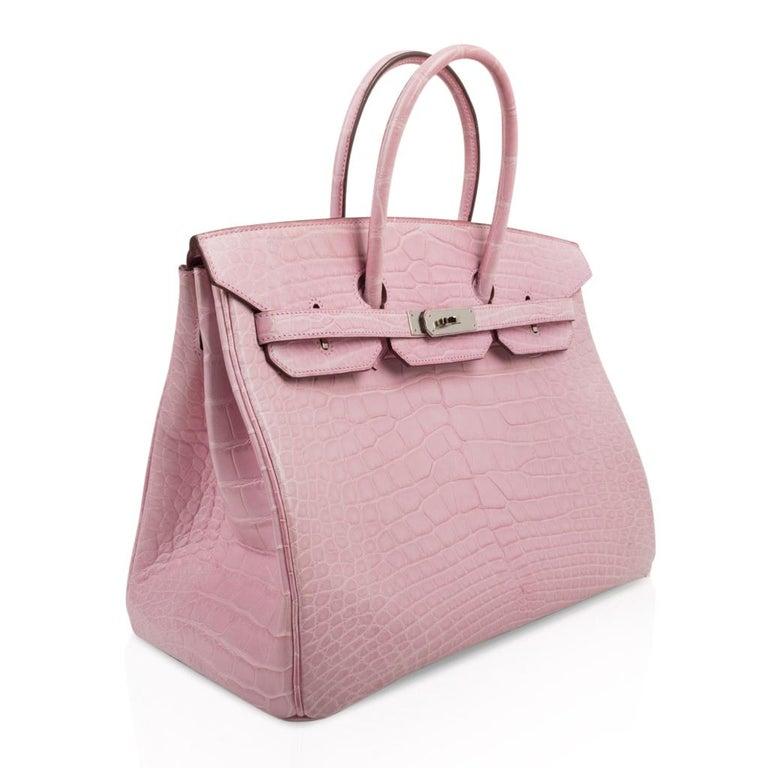Hermes Birkin 35 Bag 5P Bubblegum Pink Matte Alligator Palladium Rare In Good Condition For Sale In Miami, FL