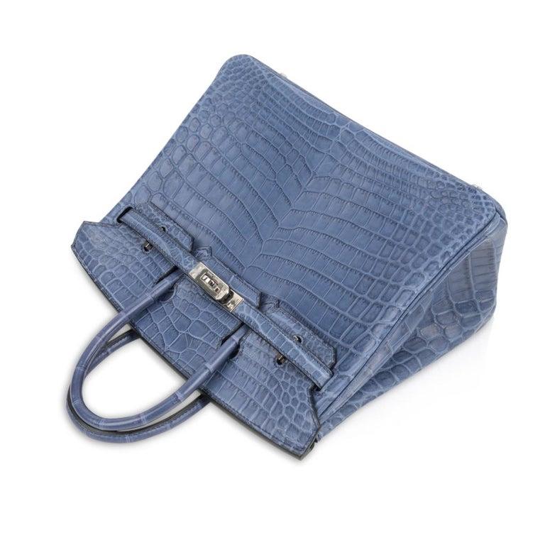 Women's Hermes Birkin 25 Bag Blue Brighton Matte Crocodile Palladium Hardware For Sale