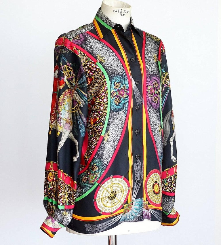 Hermes Top Scarf Print Blouse Feux D'Artifice w/ Twilly  Vintage 38  In Excellent Condition For Sale In Miami, FL