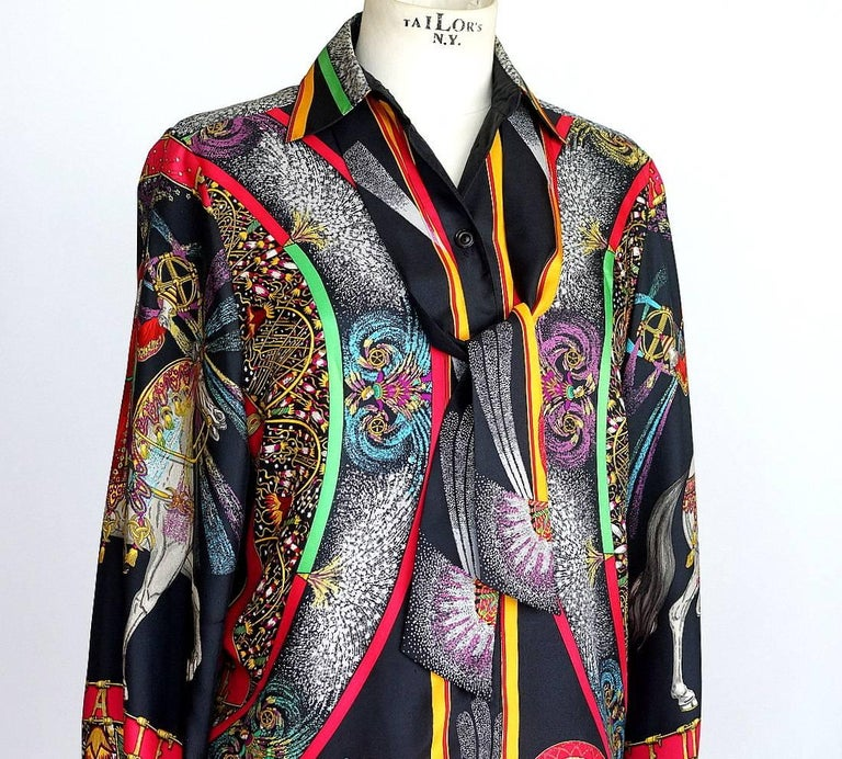 Hermes Top Scarf Print Blouse Feux D'Artifice w/ Twilly  Vintage 38  For Sale 1