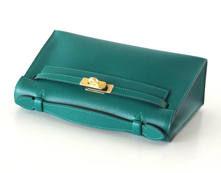 Blue Hermes Kelly Pochette Clutch Bag Emerald Toned Malachite Epsom Gold  For Sale